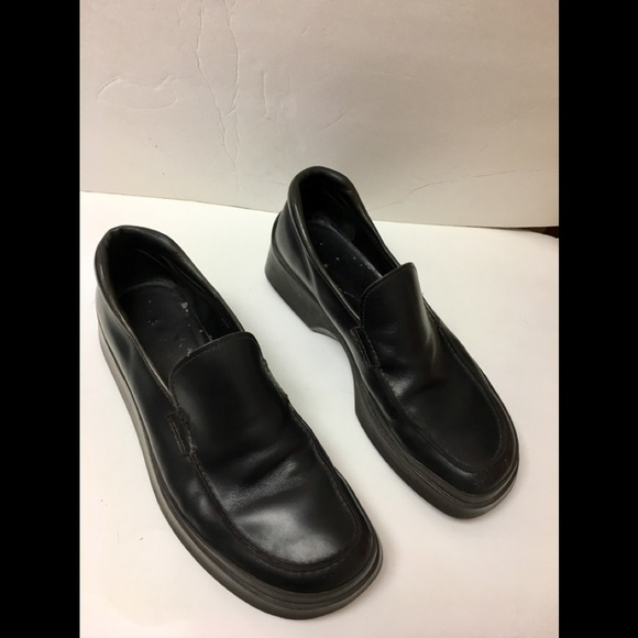 e33db4037e48d Prada Loafers slip-on Shoes by Ilga manufacture. M 5b7b7b4bd6716a912a5e517f